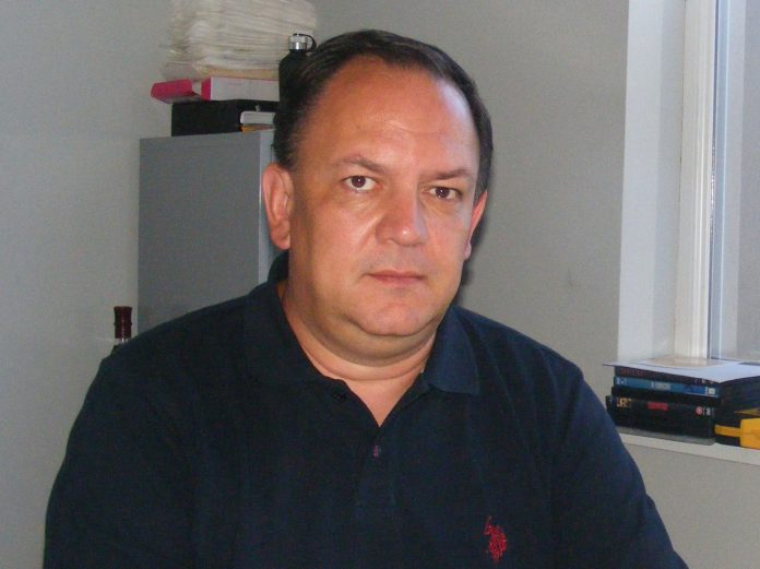 Dr. Cristian Mucenic