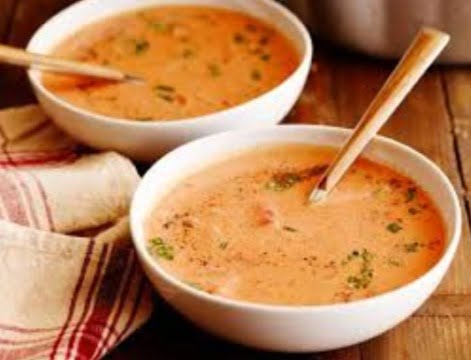 Supa de rosii cu zdrente