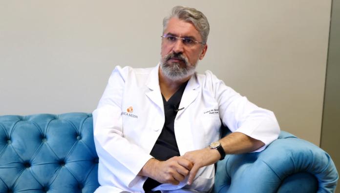 dr andrei martin chirurgia plastica Implantul mamar rinoplastia